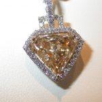 pendant - Yellow Brown Diamond