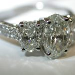 ring - 3-Stone Oval Diamond